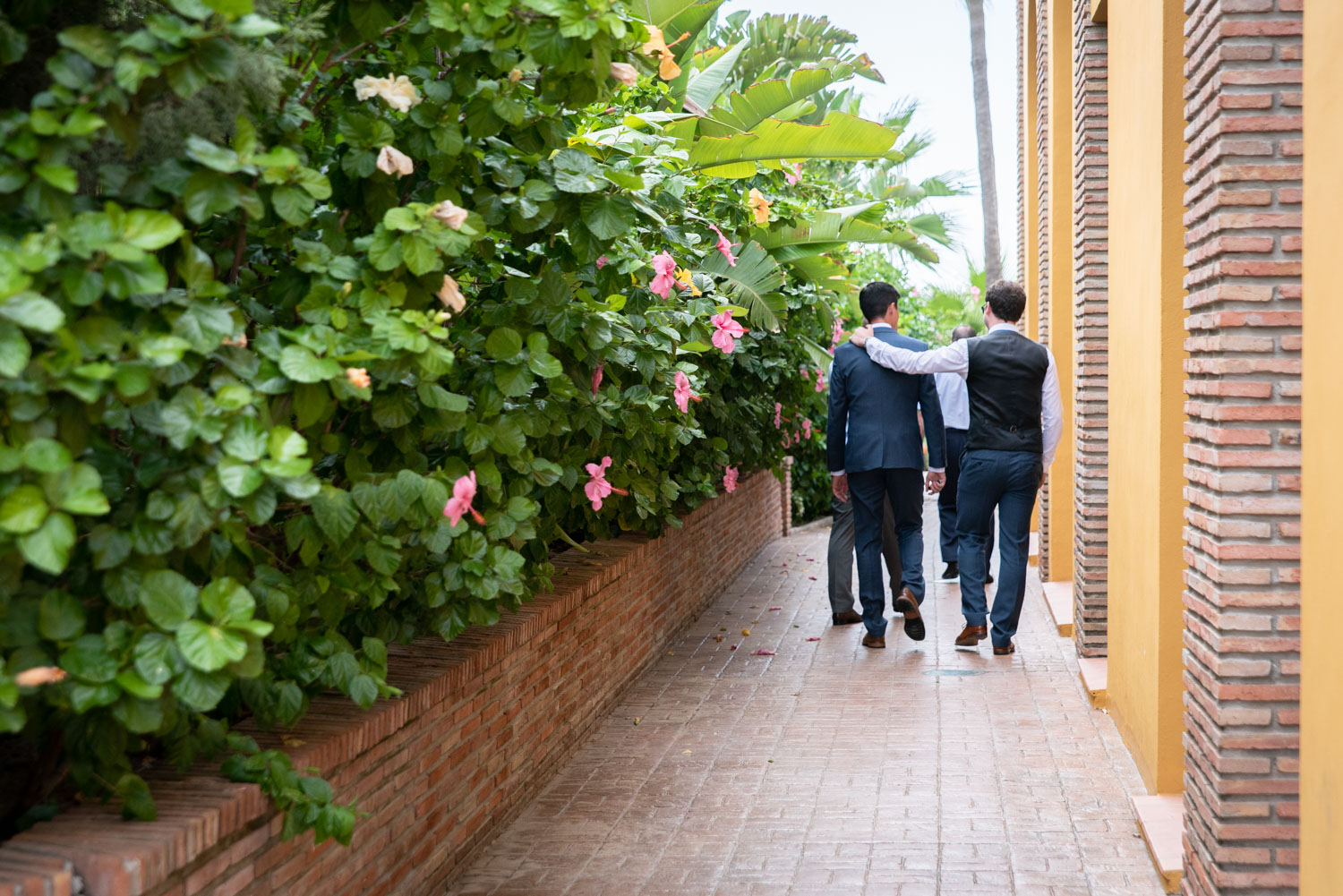 Groom arriving at la Vinuela