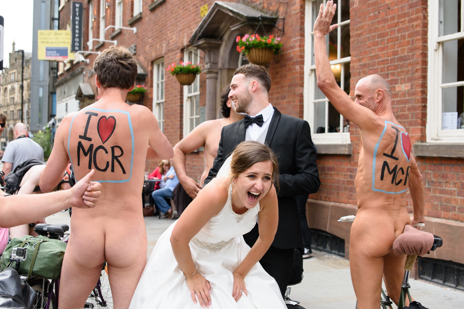 wedding-manchester-naked-bike-ride