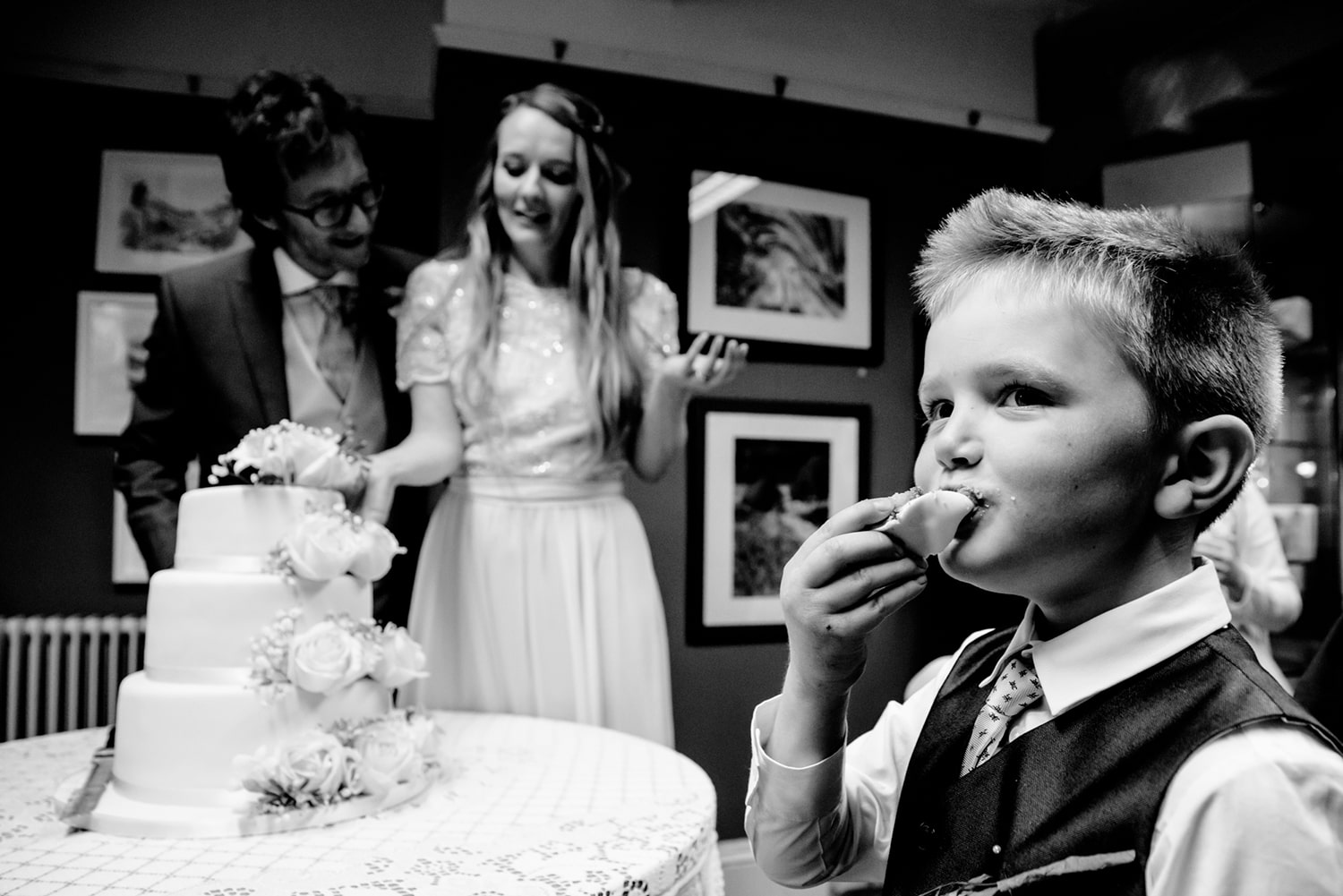 boy trying the cake