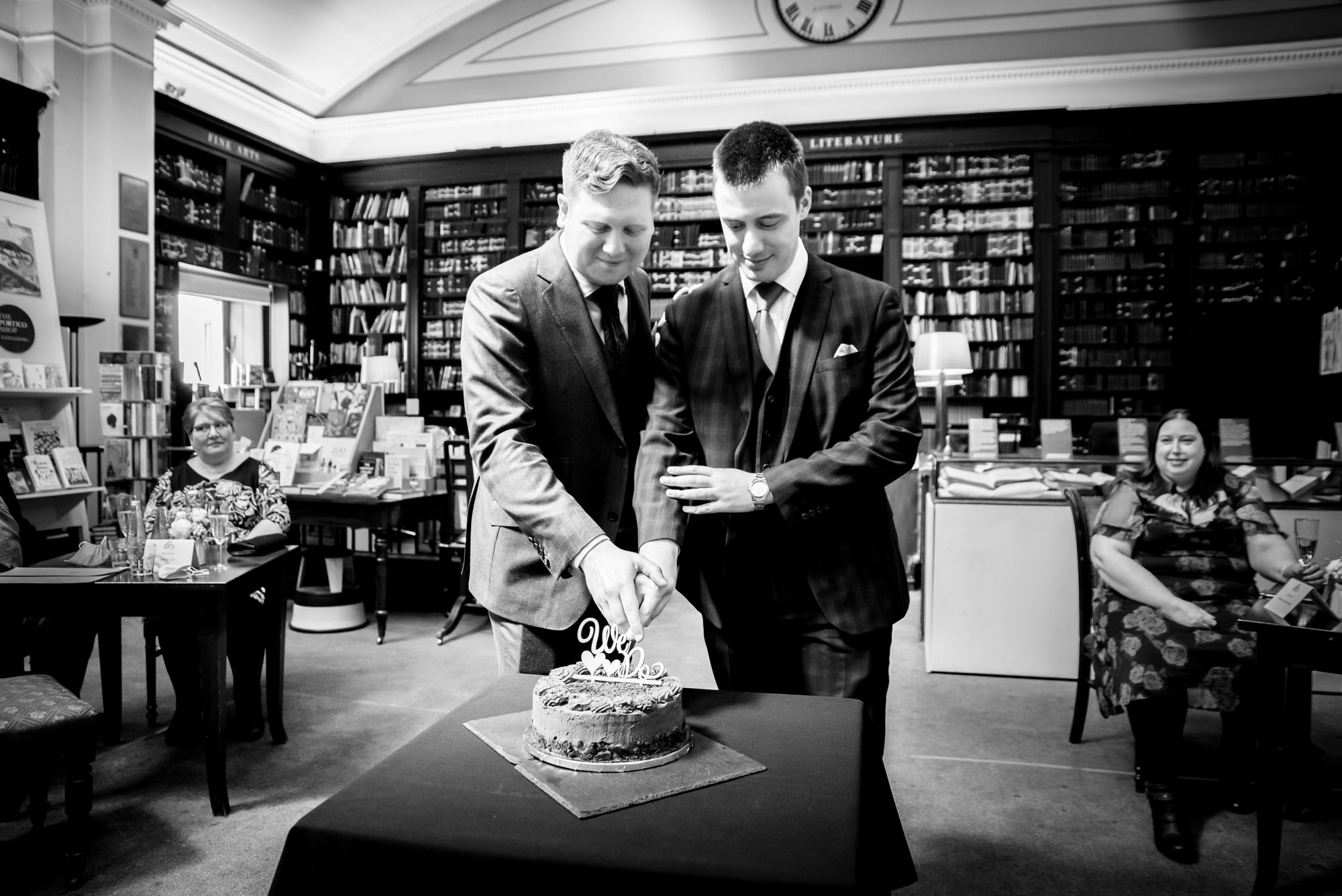 Cutting the cake at The Portico Library