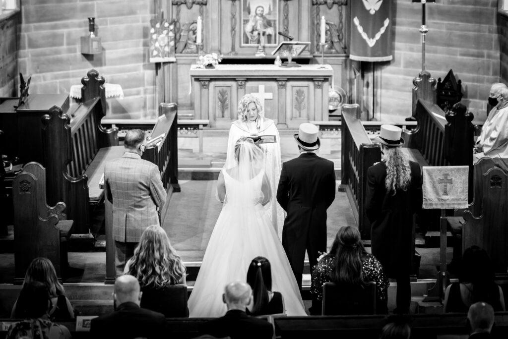 Wedding at st paul's church compstall