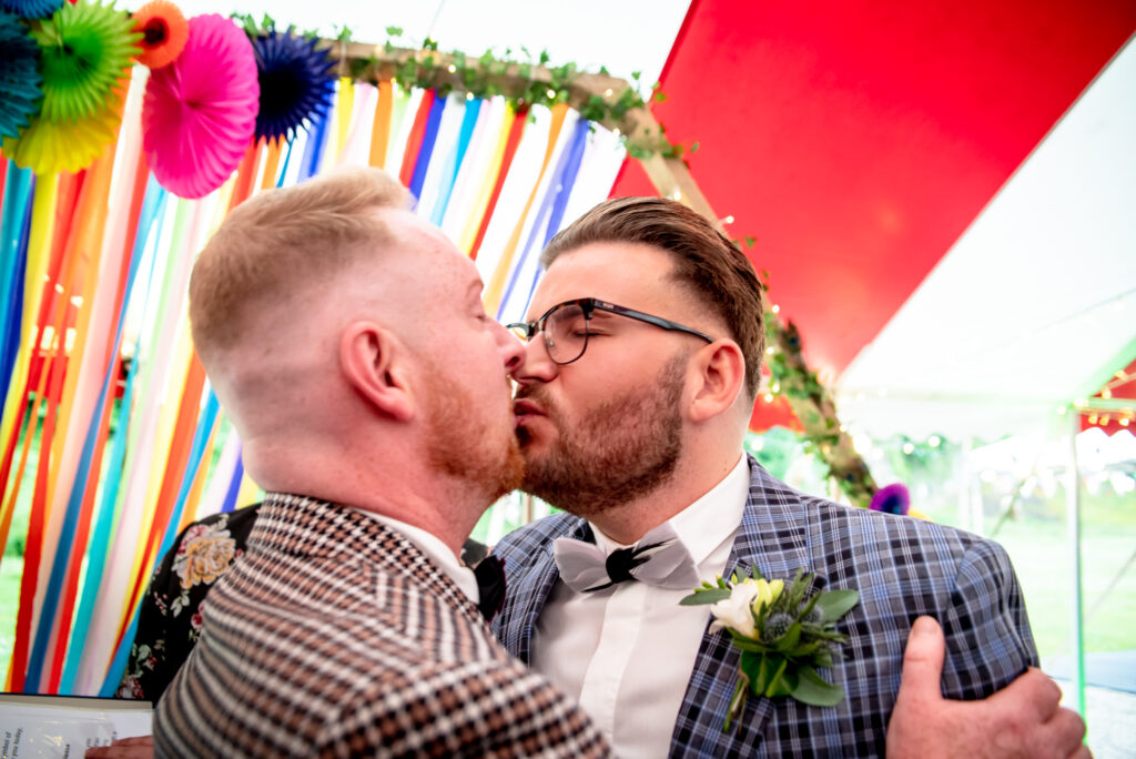 First kiss at Gisburn Park Estate