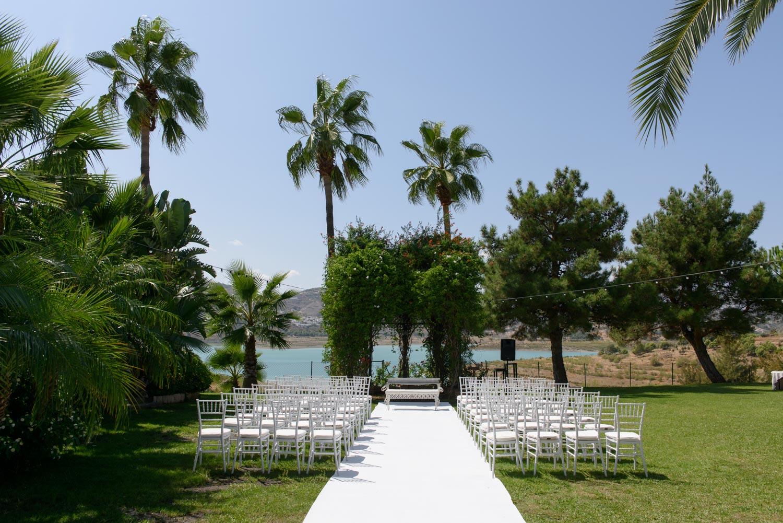 outdoor ceremony at La Vinuela